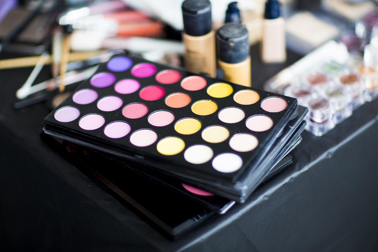 Make up fluo estate 2019